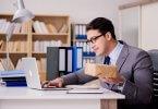 como-usar-erp-para-melhorar-a-experiencia-dos-clientes-na-empresa.jpeg